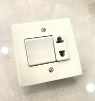 ELC- Interrupteurs & Prise Universelle